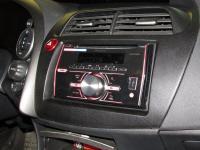 Фотография установки магнитолы Pioneer FH-X360UB в Honda Civic 5D