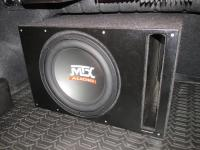 Установка сабвуфера MTX RT12-04 vented box в Nissan Teana (J32)