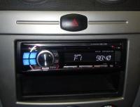 Фотография установки магнитолы Alpine CDE-112Ri в Chevrolet Lacetti
