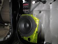 Установка акустики Morel Tempo 6 в Toyota Land Cruiser 200