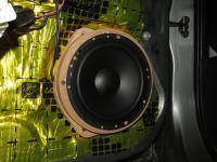 Установка акустики Morel Tempo 6 в Toyota RAV4
