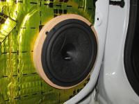 Установка акустики Hertz ESK 165L.5 в Opel Astra J