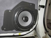 Установка акустики Focal Performance PC 165 в Lexus LX 470