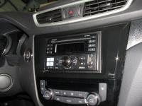 Фотография установки магнитолы Alpine CDE-W235BT в Nissan X-Trail (T32)