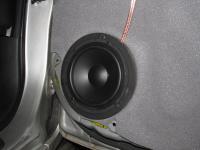 Установка акустики Morel Tempo 6 в Toyota Corolla X
