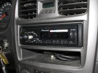 Фотография установки магнитолы Pioneer MVH-180UBG в Hyundai Sonata