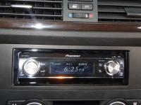 Фотография установки магнитолы Pioneer DEH-P88RSII в BMW 3 (E92)