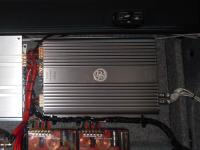 Установка усилителя DLS RA40 в BMW 3 (E92)