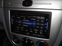 Фотография установки магнитолы JVC KW-V21BTEE в Chevrolet Lacetti