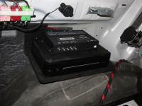 Установка усилителя Alpine PDX-V9 в Audi Q7