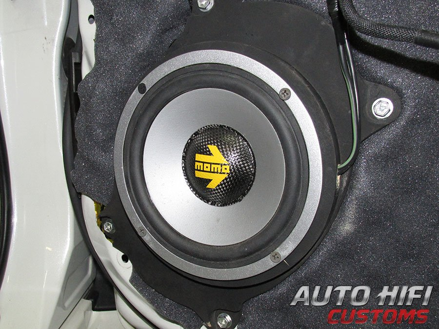 Установка акустики Polk Audio Momo MM6 в Toyota Land Cruiser 150
